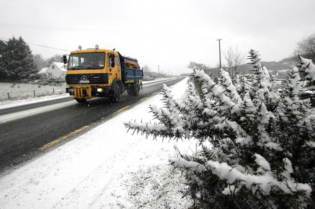 A council gritter gets to work on the N 13 between Letterkenny and Ballybofey following heavy snowfall on Wednesday morning.