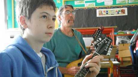 Ceol na Coille teaches musicians of all ages.