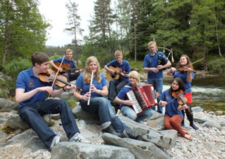 the Cairngorms Ceilidh Trial group from the Scottish Highlands.