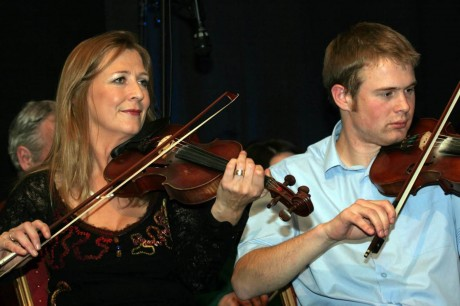 Mairéad Ni Mhaonaigh and her nephew Ciaran O Maonaigh who both have performed during Trad Trathnóna on many occasions.