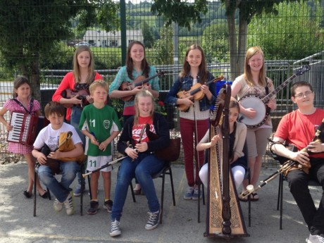 Ceol na Coille Summer School. Musicians from New Zealand, Aberdeen, Glasgow, Inverness, Chicago, Armagh,Letterkenny and throughout Donegal
