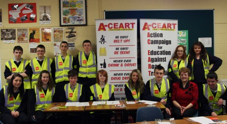Donegal road safety campaigner, Ms Mary Clinton (A-CEART) on a recent visit to Pobailscoil Gaoth Dobhair.