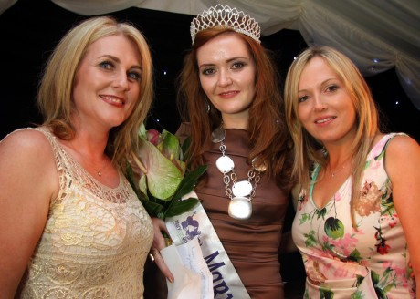 Breeda Ojo, Glasgow selector, Grace Sweeney, 2013 Mary from Dungloe, and Eilise O'Harte at the crowning cabaret.