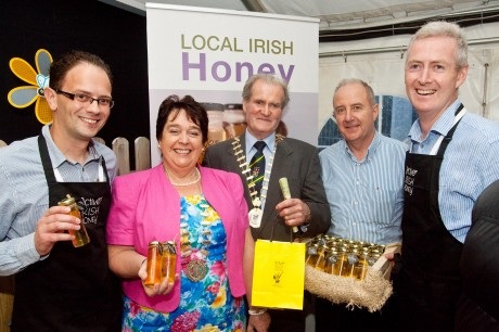 Members of the Active Irish Honey team are joined at their exhibit by the Lord Mayor of Donegal and Mayor of Donegal Town. L to R: Carl Diver; Patricia Callaghan Mayor of Donegal Town; Mayor of Donegal, Councillor Ian McGarvey; Austin Duignan and Conor Daly of Active Irish Honey.