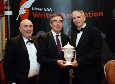 Tom Daly, Donegal, centre, receives the Ulster GAA Writers  Association Services to GAA award  from John Martin, Ulster GAA Writers Chairman, left and Kieran Kennedy, O'Neill Sports, at  the annual presentation banquet in the Great Northern Hotel, Bundoran,  Co. Donegal on Friday Night.  Picture: Oliver McVeigh