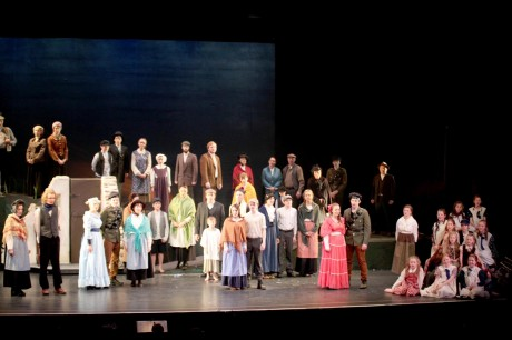 The full cast of Caislean Oir.