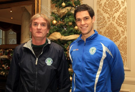 Packie Mailey new signing for Finn Harps FC with manager Ollie Horgan. Photo: Donna McBride