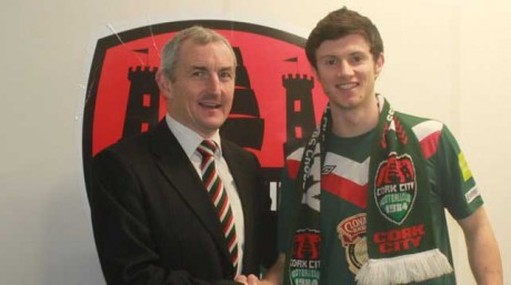Johnny Dunleavy with the Cork City manager John Caulfield.