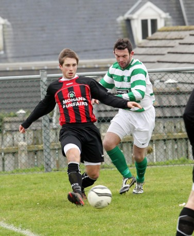 Oisin McMenamin has signed for Letterkenny Rovers and will face former club Finn Harps this weekend.