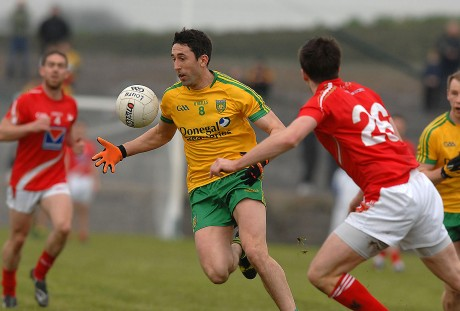 Donegal midfielder Rory Kavanagh going forward on the attack in ther game with Louth, in Fr. Tierney Park, Ballyshannon.