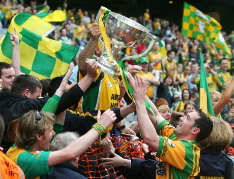 Brendan Devenney and fans with the NFL Cup in Croke Park in 2007. Photo: Donna McBride.