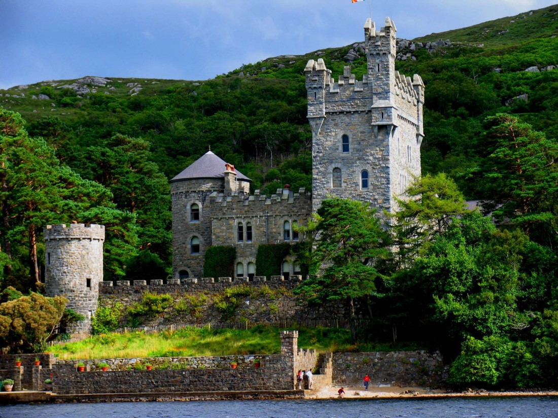 Glenveagh national park hotels