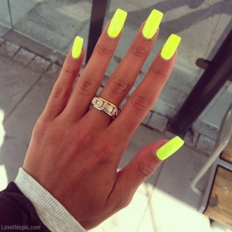 Neon Lime Green Nails.