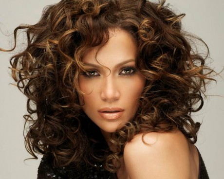 Jennifer Lopez goes for the curly look frequently.