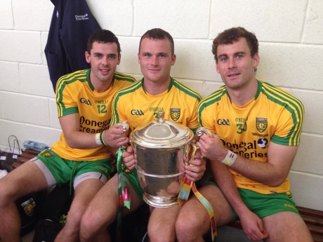 Odhrán MacNiallais, Neil McGee and Eamon McGee with the Anglo-Celt Cup
