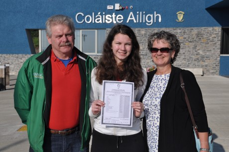 Cáit Ní Mhórdha with her proud parents.