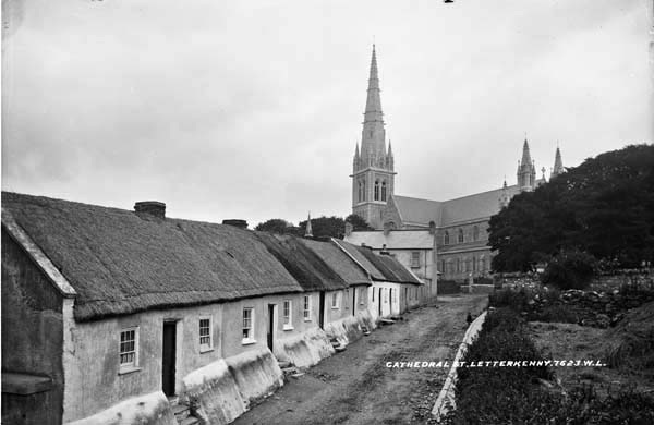 Church Lane, Letterkenny . Photo: Courtesy of Lawrence Collection, National Library of Ireland)