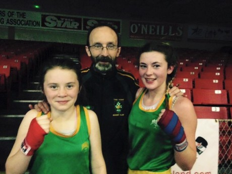 Brian Anderson junior with Twin Towns boxers Allannah Sweeney and Ciara Anderson