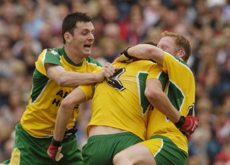 Colm McFadden is congratulated by Brian Roper (right) and Christy Toye after Donegal defeated Tyrone in the 2004 Ulster semi-final