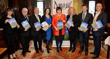 Sarah Meehan - Donegal Tourism, Barney Mc Laughlin – Donegal County Council, Shane Smyth – Donegal Tourism, Linda Duncan –Tourism Ireland in Scotland, Lord Provost Sadie Docherty - Glasgow City Council, Caroline Mulligan – Tourism Ireland, Chief Executive of Donegal County Council and Chairman of Donegal Tourism, Seamus Neely, Cathaoirleach of Donegal County Council, Cllr. John Campbell.