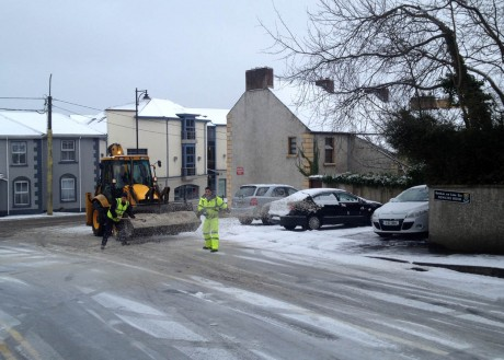 Council staff gritting New Line Road, Letterkenny on Tuesday morning.