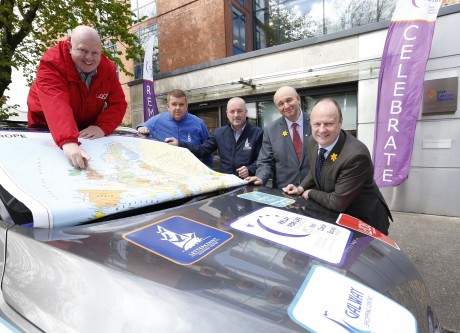 Pictured were three shopping centre managers - Brian McCracken, Letterkenny Shopping Centre, Páraic Naughton from Galway Shopping Centre and Kevin Doyle from Laois Shopping Centre - alongside John McCormack, CEO of the Irish Cancer Society and Mark Mellett, Head of Fundraising.