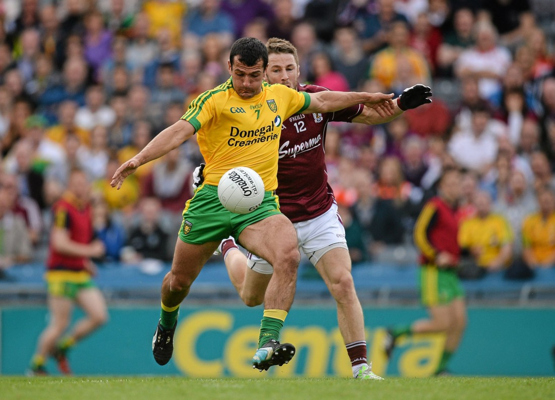 Frank McGlynn, Donegal, in action against Michael Lundy, Galway. Picture credit: Brendan Moran / SPORTSFILE