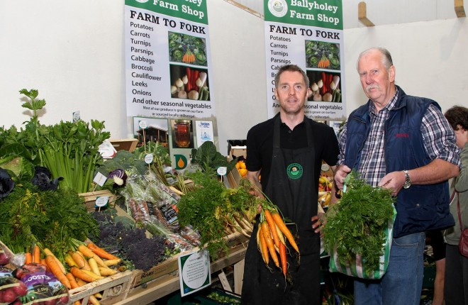 John Graham, Ballyhooley Farm Shop with customer Peter Sweeney.