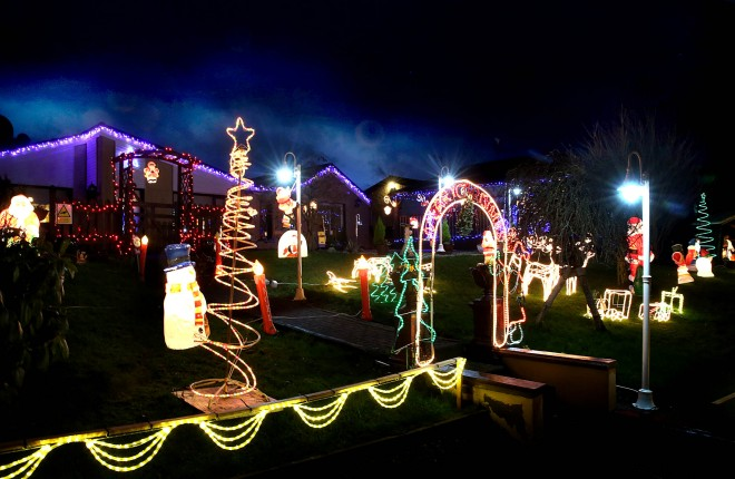 The display of Christmas illuminations at Joe and Angela O'Donnell's house at Leck, Letterkenny which has drivers stopping on the side of the road.