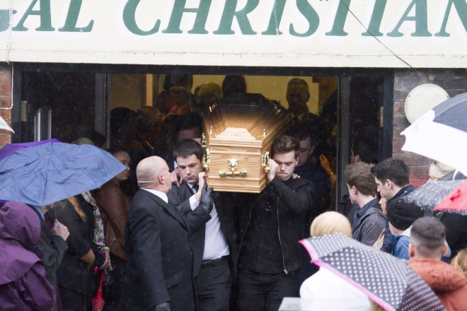 The remains of Stevie Martin are carried from the Christian Fellowship church in Derry by his brother Sean (front right) and friends.  (North west Newspix)