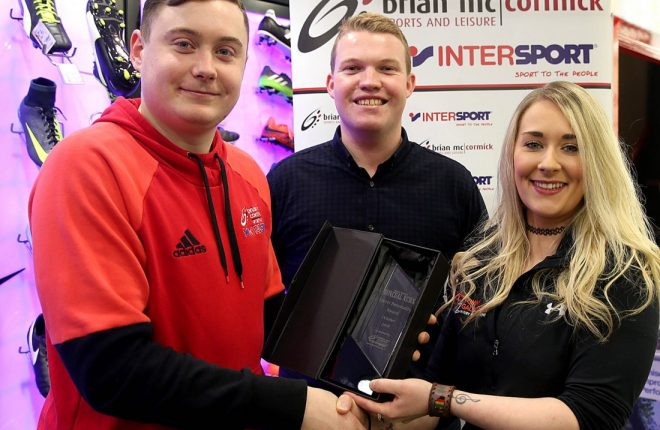 Dan O'Donnell (left), Brian McCormick Sports, and Ryan Ferry, Donegal News, present the October Sports Personality of the Month award to Avril McNamee