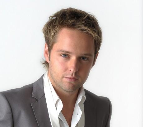 Derek Ryan to sign new album at Link2 in Letterkenny - Donegal News