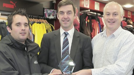 Brian McCormick (centre) launches the Donegal News Sports Personality Awards 2013 along with Donegal News sports reporter Chris McNulty (left) and sports editor Harry Walsh.