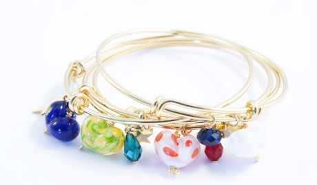 Handmade glass heart, swarovski crystal on gold plated bangle (€20 each).