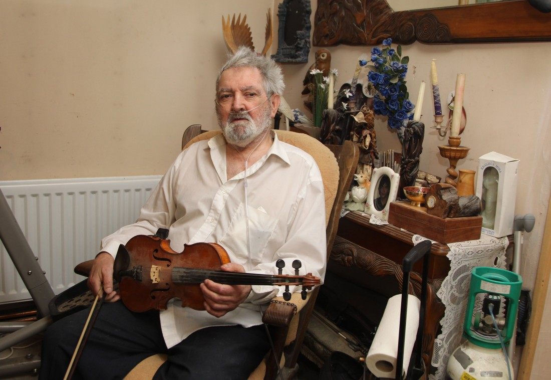 World Class fiddler Tommy Peoples, at home in St Johnston. Photo: Donna El Assaad